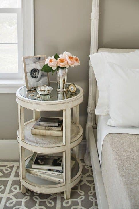 USE THE SIDE-TABLE AS A NIGHTSTAND