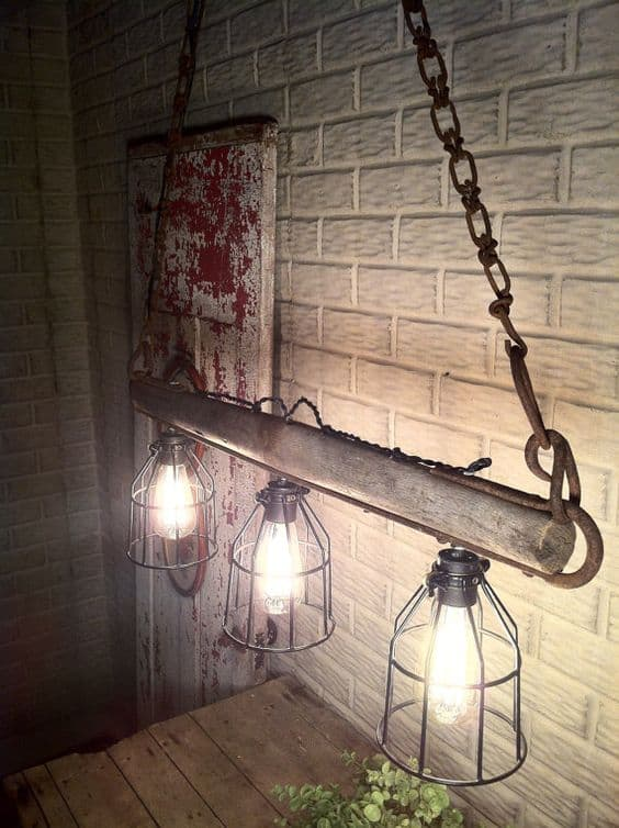 12. ONE EPIC LOW HANGING LAMP FOR YOUR RUSTIC SETTING