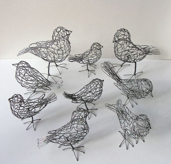 13.  DESIGN BIRD SCULPTURES WITH CHICKEN WIRE