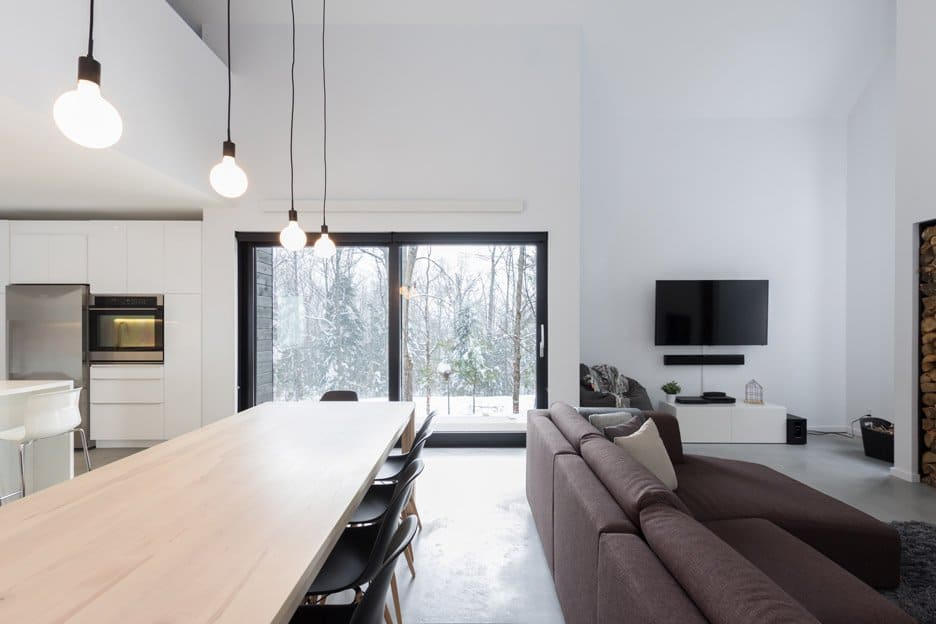 Scandinavian Inspired Cabin Envisioned by Cargo Architecture Wins Quebec (7)