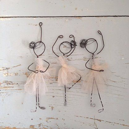 7. CREATE ADORABLE MINI SILHOUETTES