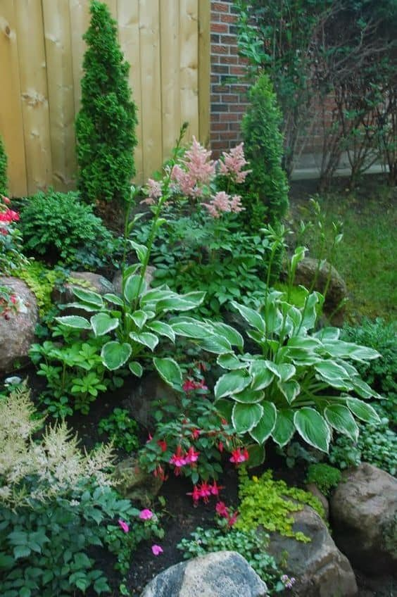 Garden Ideas For Small Front Yards 17 small front yard landscaping ideas to define your curb appeal 1 bring on the greens for display workwithnaturefo