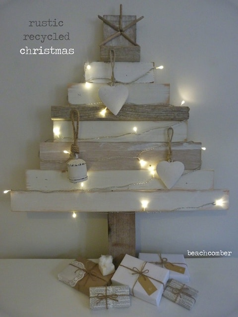 Think Outside The Box With Unusual Christmas Tree Designs-homesthetics.net (20)
