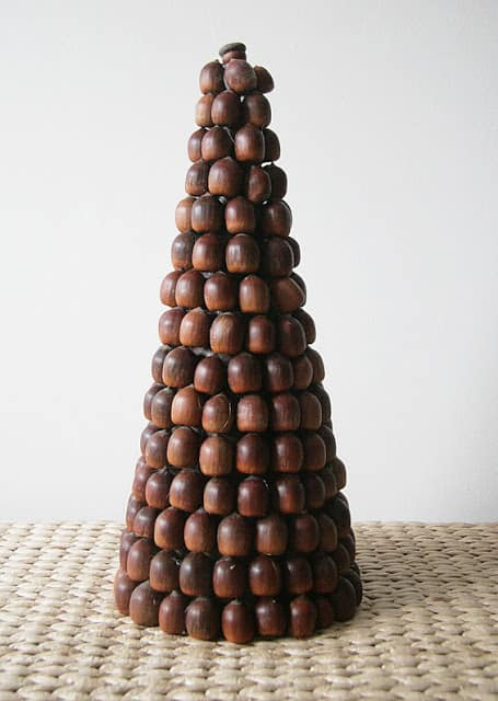 Think Outside The Box With Unusual Christmas Tree Designs-homesthetics.net (27)