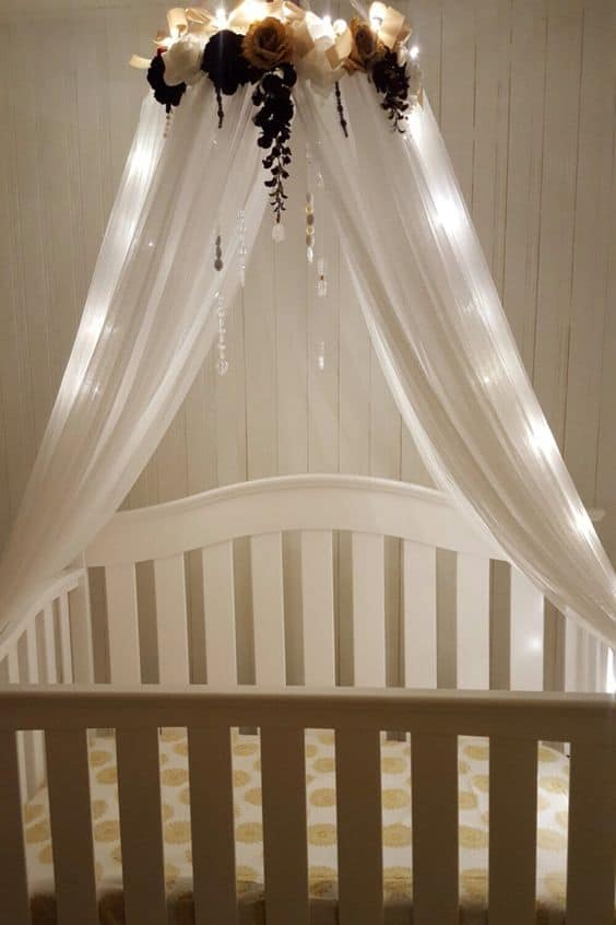 12. gorgeous effects of earth-tone flowers and fairy lights : baby crib net canopy - memphite.com
