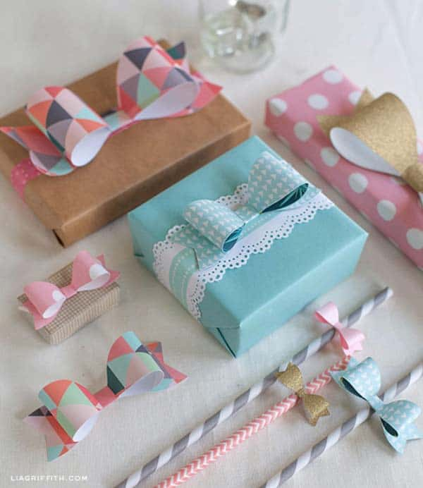 17 Epic Ways to Reuse Holiday Wrapping Paper Leftovers (14)