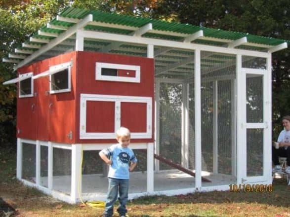 BIG CHICKEN COOP DESIGN