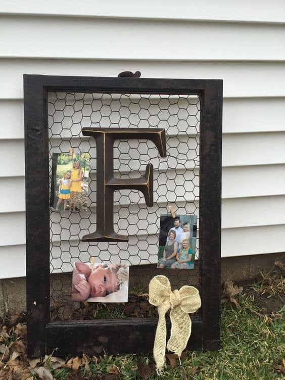 3. CHICKEN WIRE IN AN OLD PICTURE FRAME