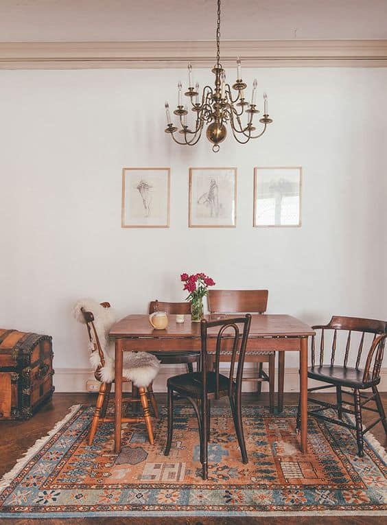 23 Spectacularly Inspiring Mismatched Dining Chairs