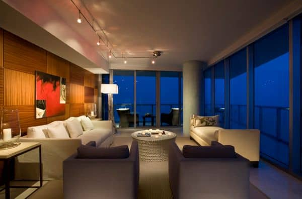 Accentuate-the-beauty-of-particular-section-of-a-room-with-intelligent-track-lighting
