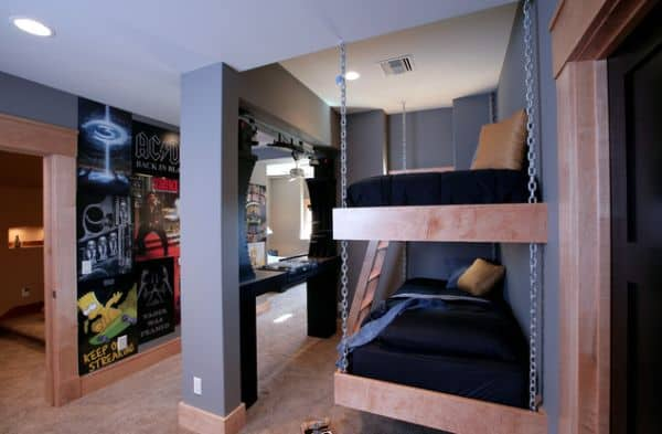 Bunk-beds-for-the-kids-bedroom-with-a-suspended-twist