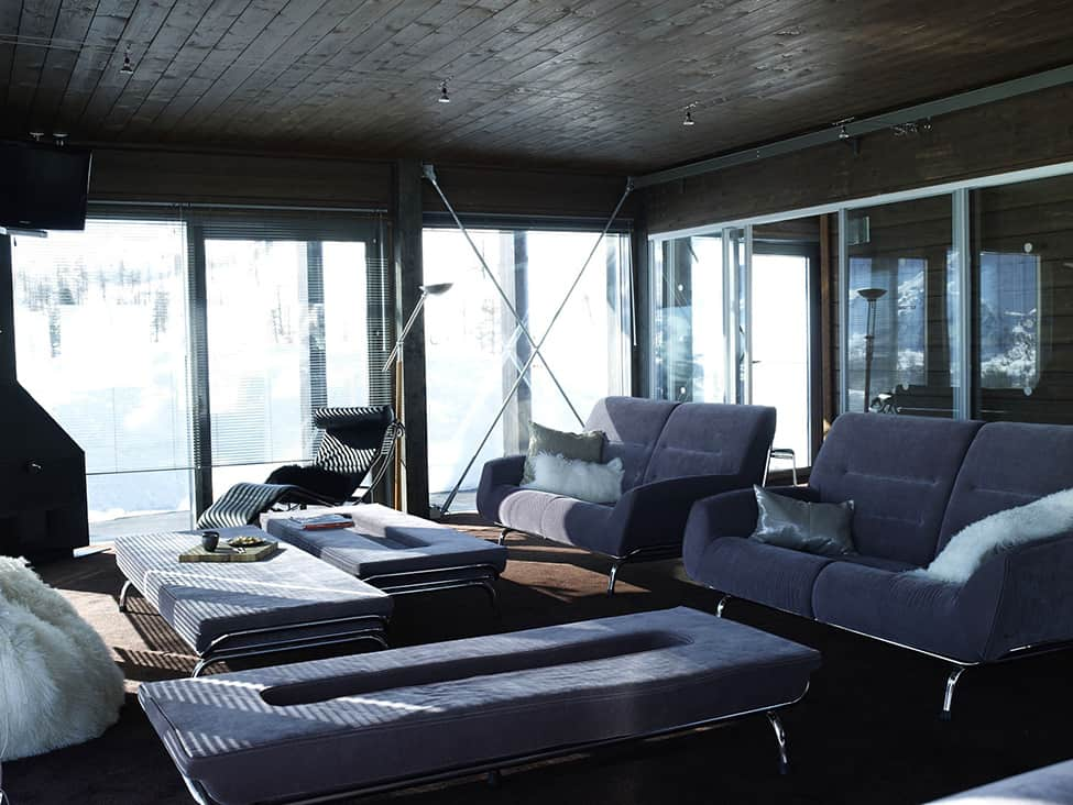 Contemporary Elegance in Solitutide - Chalet Camelot by con3studio Winter Chalet (10)
