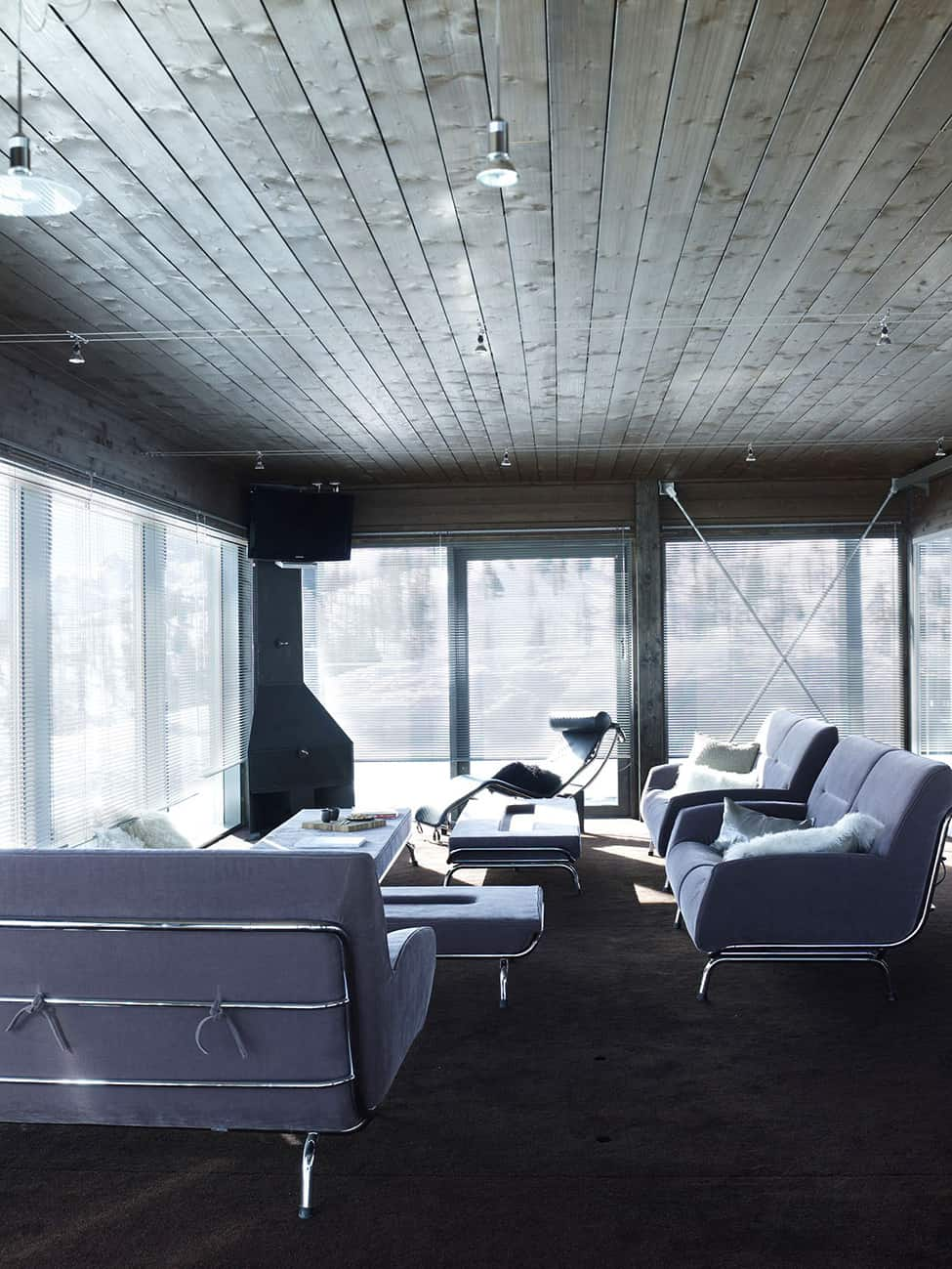 Contemporary Elegance in Solitutide - Chalet Camelot by con3studio Winter Chalet (12)