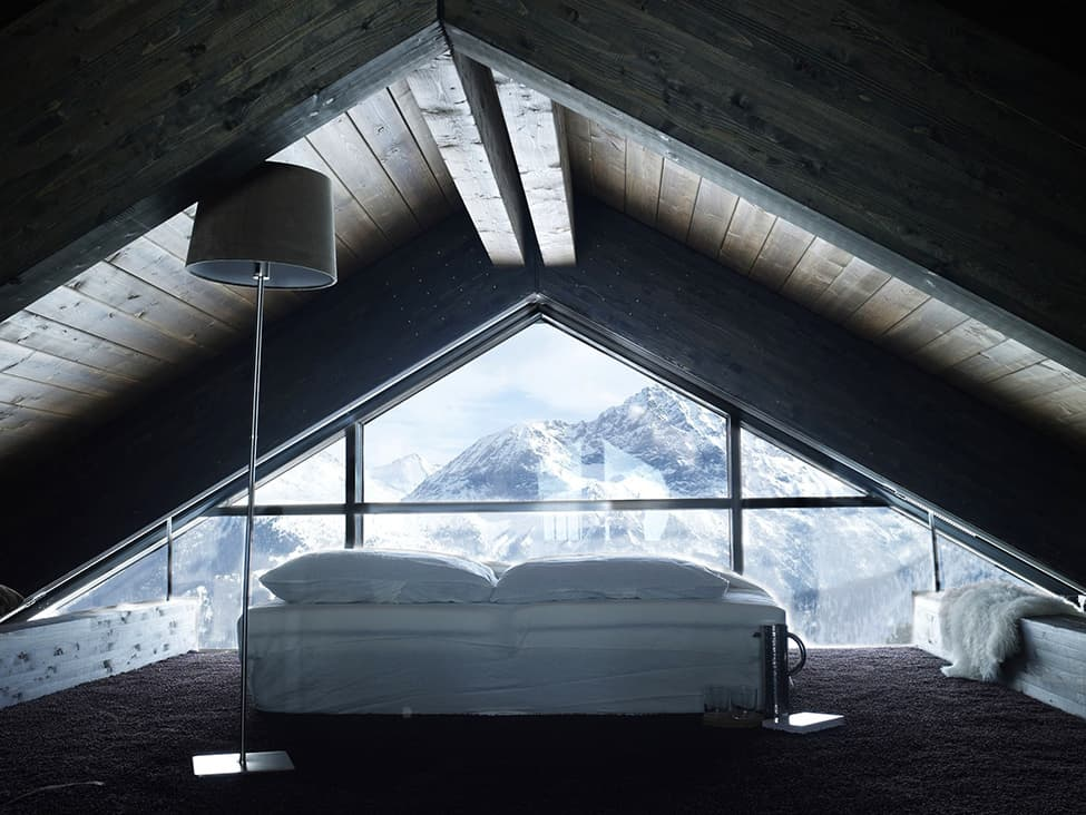 Contemporary Elegance in Solitutide - Chalet Camelot by con3studio Winter Chalet (25)