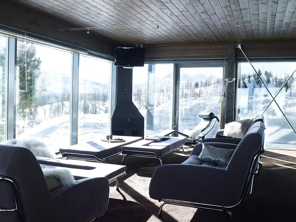 Contemporary Elegance in Solitutide - Chalet Camelot by con3studio Winter Chalet (9)