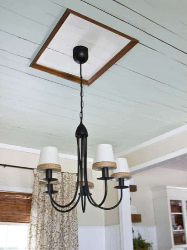 38. CHANGE YOUR CEILING WITH A PICTURE FRAME