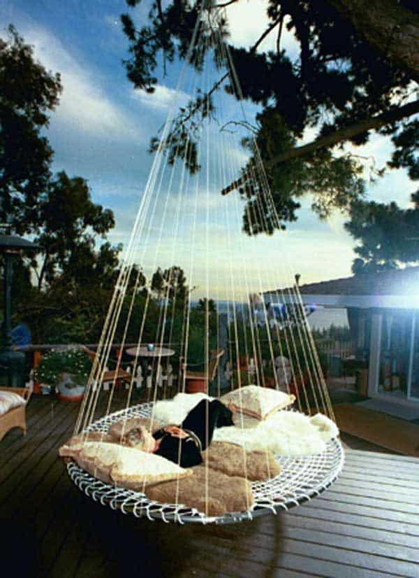Hanging-Bed-Ideas-floating bed