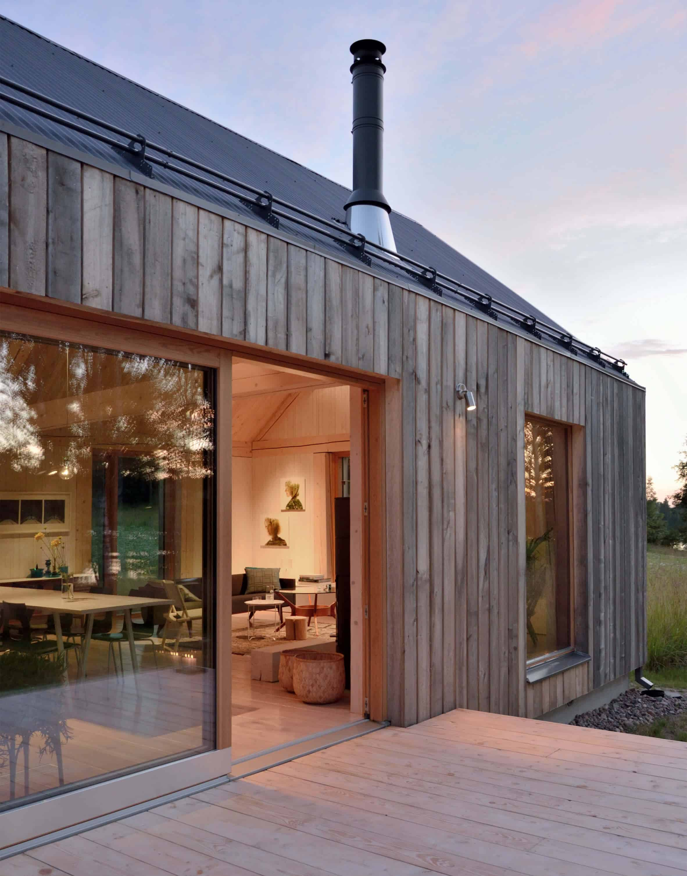 Iconic Simplicity in a Finnish LakeHouse by MNy Arkitekter (2)