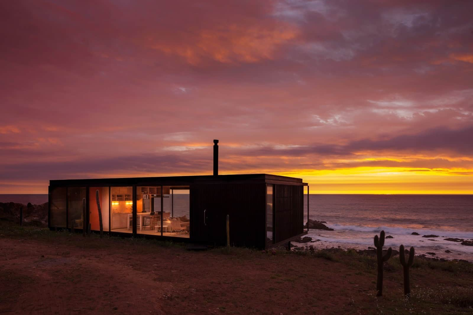 Remote Transportable Modular House in Chile by Felipe Assadi 1