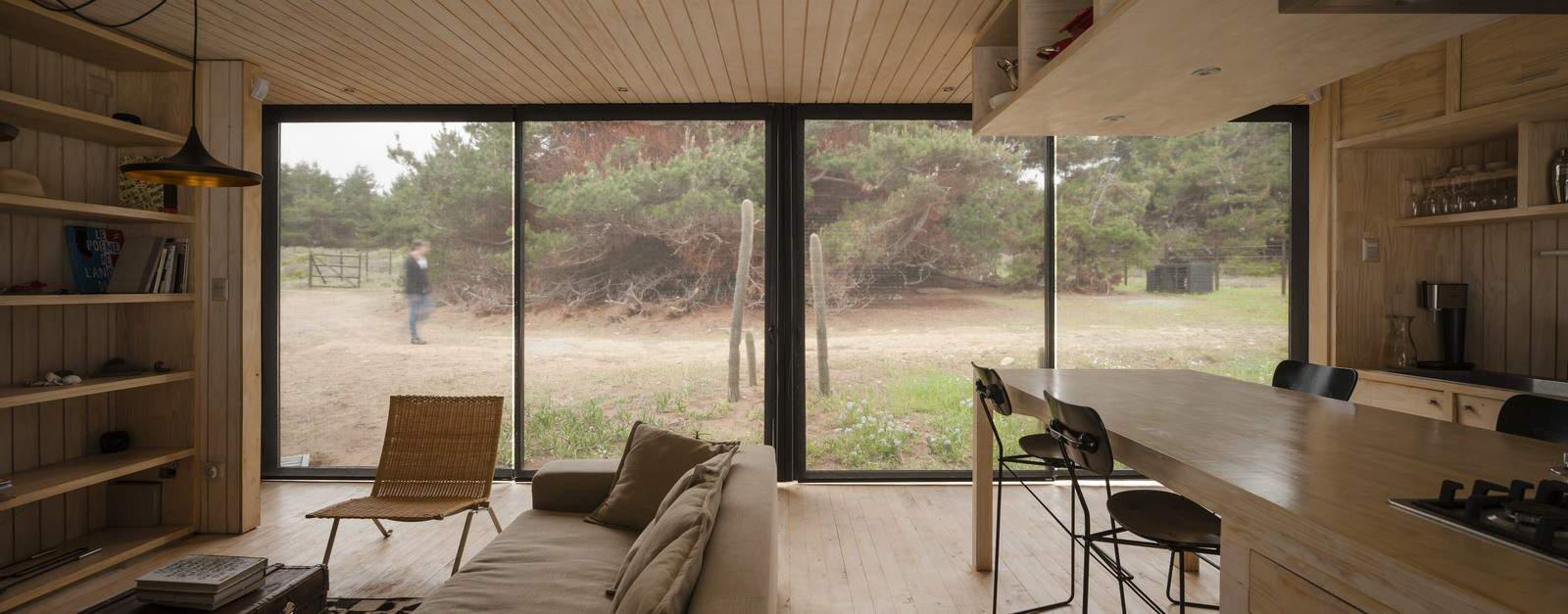 Remote Transportable Modular House in Chile by Felipe Assadi 11