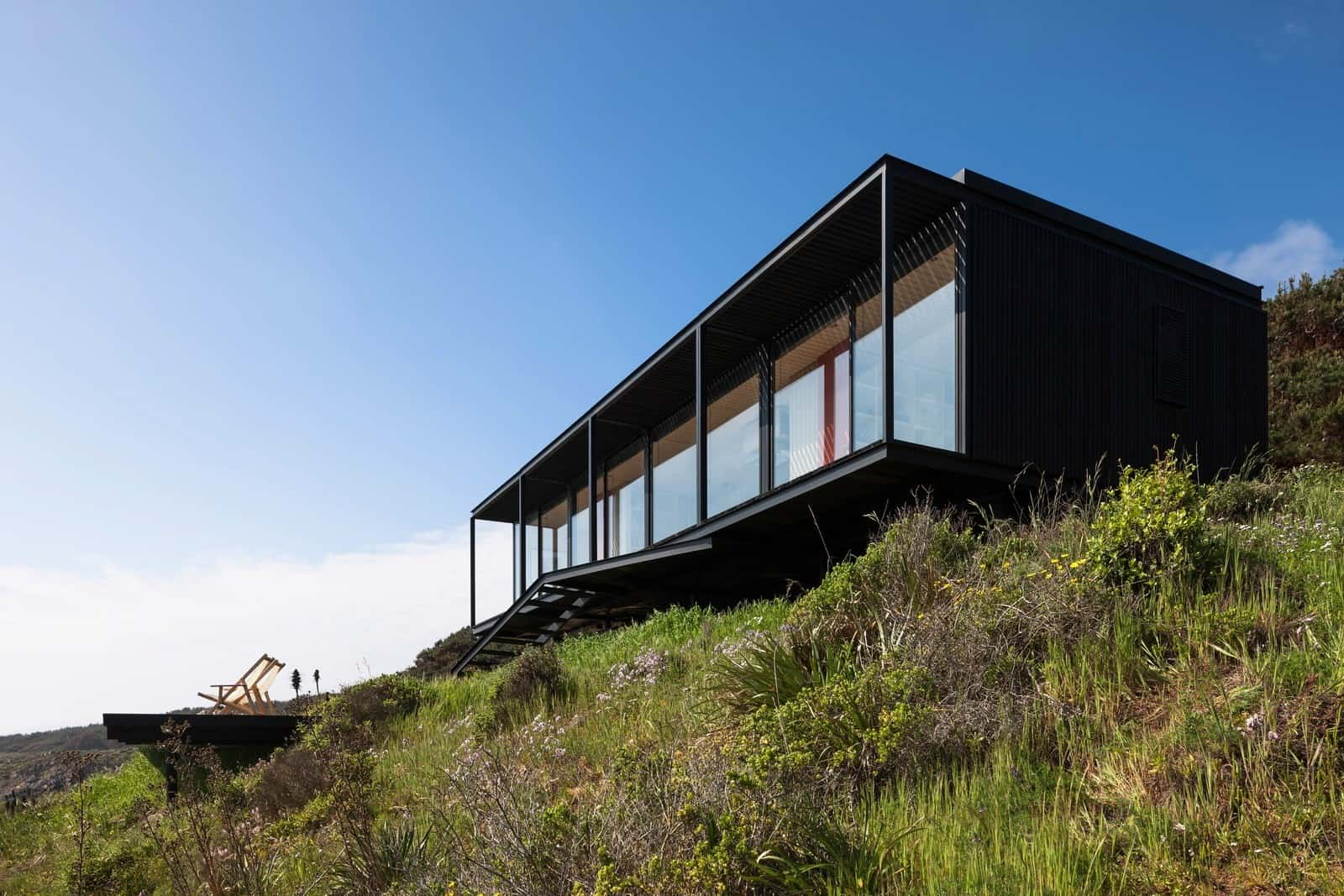 Remote Transportable Modular House in Chile by Felipe Assadi 2