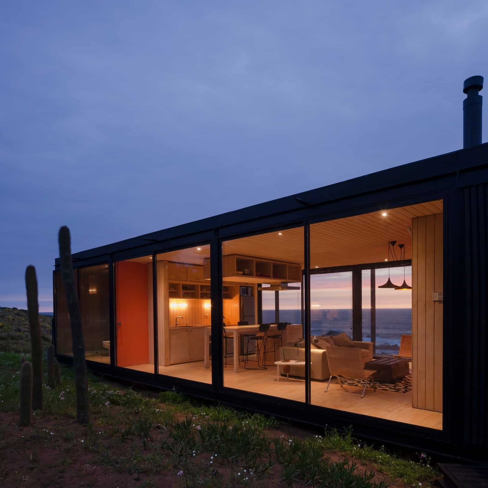 Remote Transportable Modular House in Chile by Felipe Assadi 4