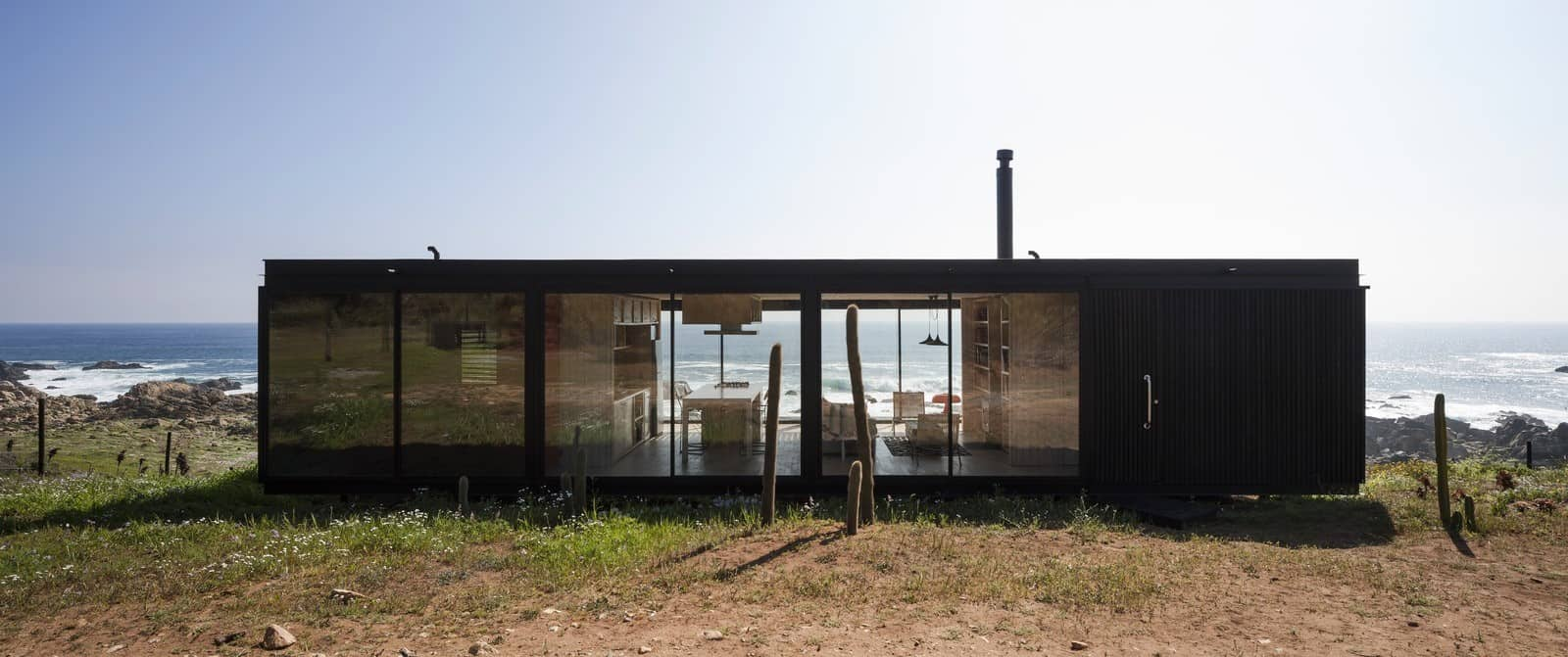 Remote Transportable Modular House in Chile by Felipe Assadi 6