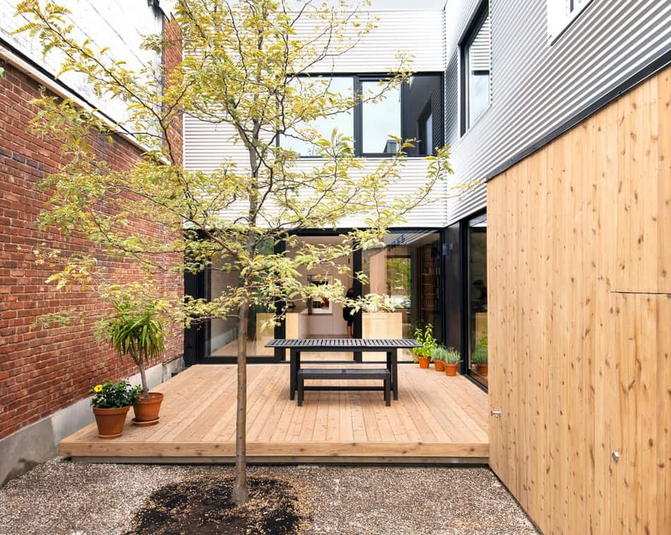 Shed architecture redefines de gasp house in montreal shed architecture redefines de gasp house in montreal solutioingenieria Choice Image