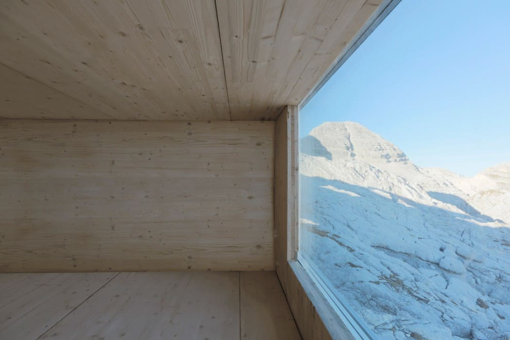Self-Contained Wooden Shell with a Cantilevered Form in Mount Kanin (6)