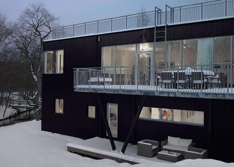 Swedish Home With a Sled Hill Roof by Street Monkey Architects 7