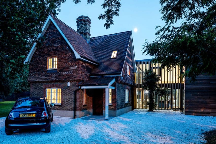 The Contemporary Extension of a Charming Cottage in England 1