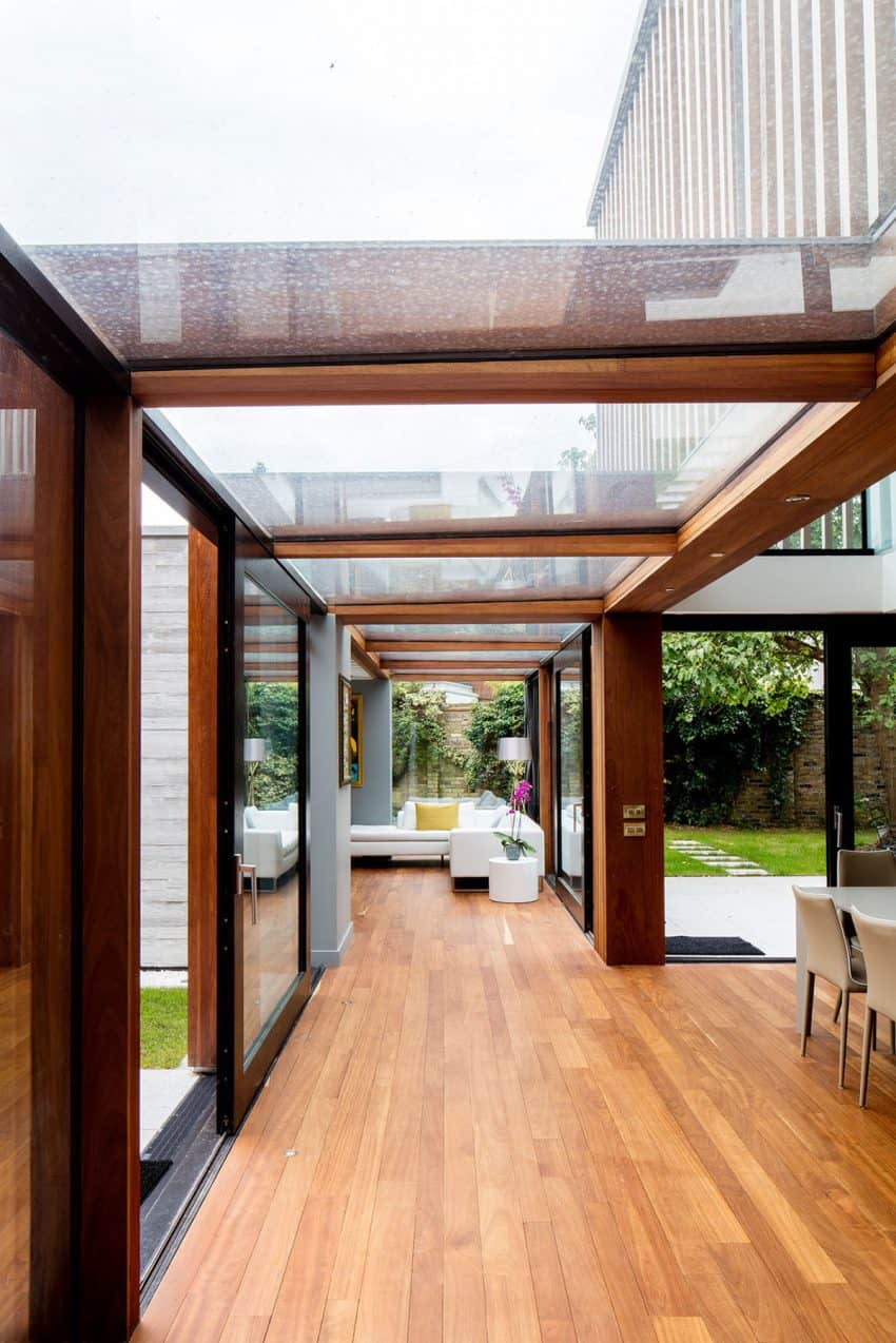 The Contemporary Extension of a Charming Cottage in England 6