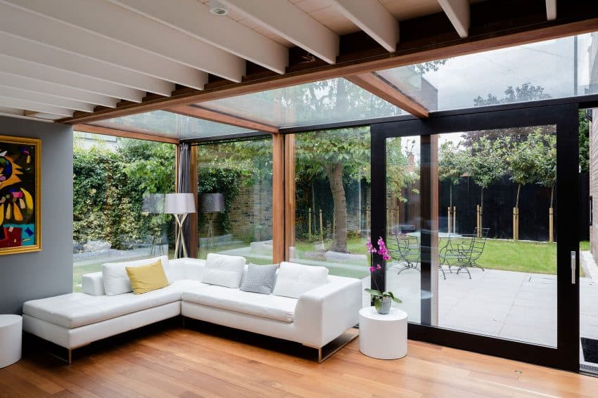 The Contemporary Extension of a Charming Cottage in England 8