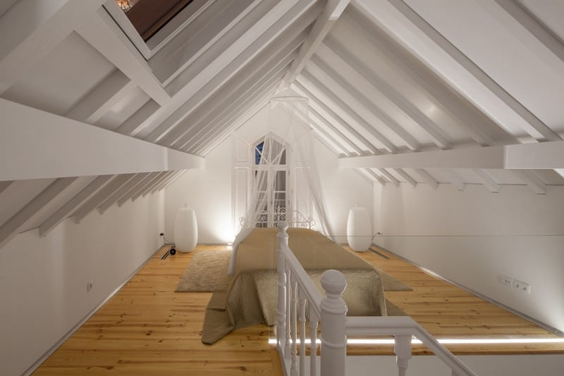 The Three Cusps Chalet - Exceptional Historical Restoration in Portugal homesthetics (17)