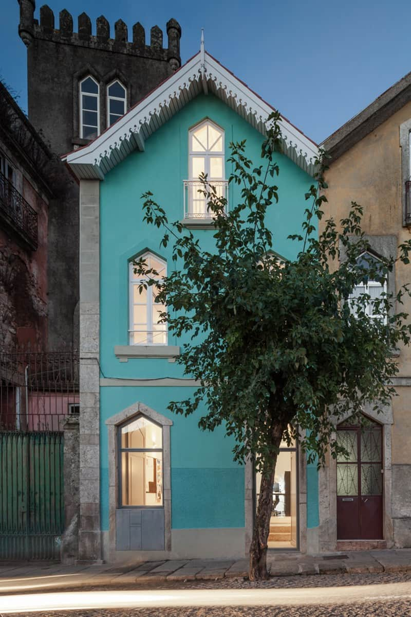 The Three Cusps Chalet - Exceptional Historical Restoration in Portugal homesthetics (2)