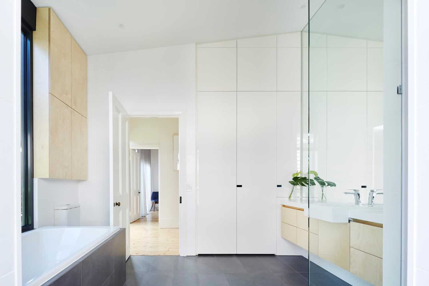 Victorian Home Updated with Modern Pod by Nic Owen Architects 15