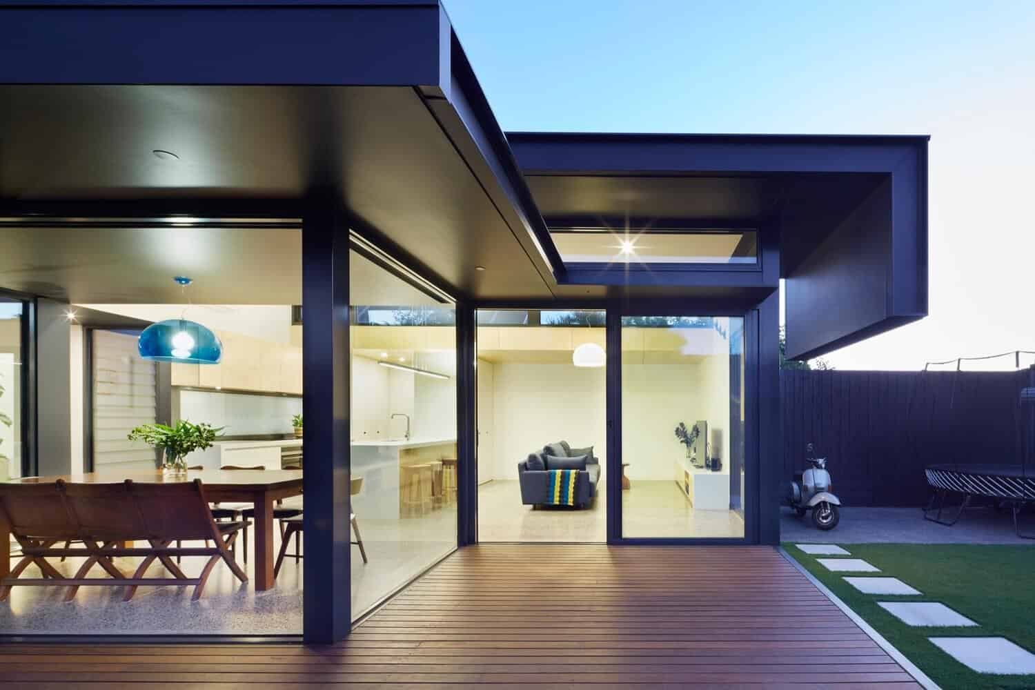Victorian Home Updated with Modern Pod by Nic Owen Architects 3