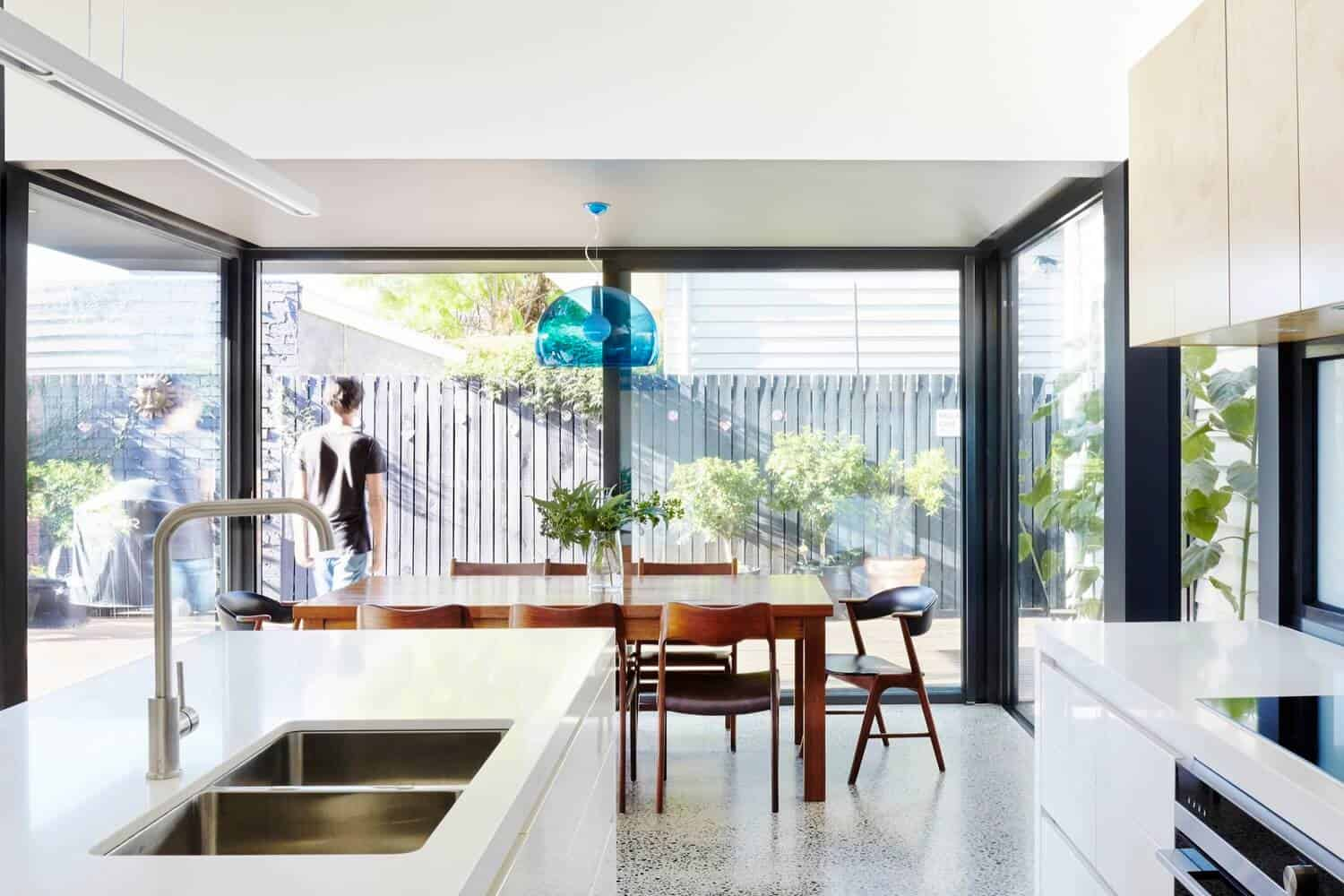 Victorian Home Updated with Modern Pod by Nic Owen Architects 9