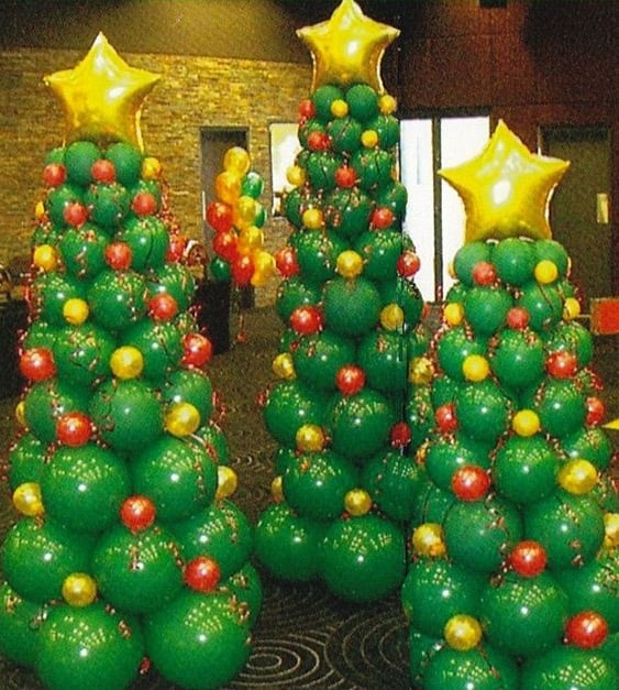 13 shape christmas trees alternatives - Christmas Balloon Decor