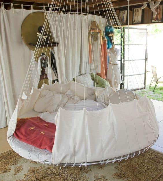 37 smart diy hanging bed tutorials and ideas to do for Hanging circle bed