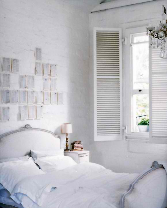 dreamy shabby bedroom using white bricks on the walls