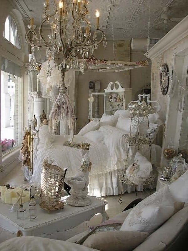 10 shabby chic bedroom ideas to consider homesthetics. Black Bedroom Furniture Sets. Home Design Ideas