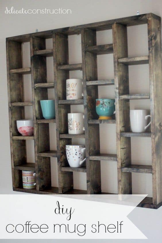 28. PALLET WOOD TAILORED AS MUG DISPLAY