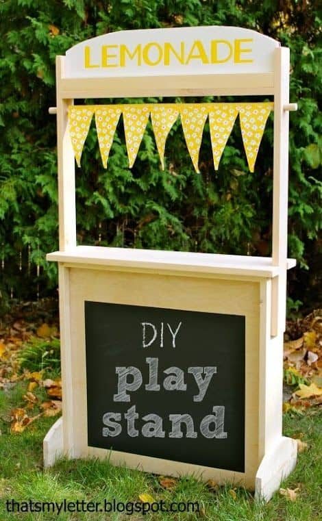 7. DIY play stand
