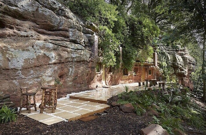 700 Year Old Cave Morphed Into Intimate Hideout homesthetics 4