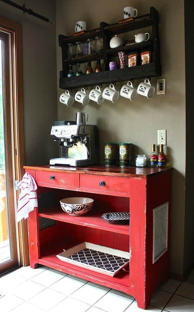 22. BLACK PALLET AND RED SALVAGED FURNITURE
