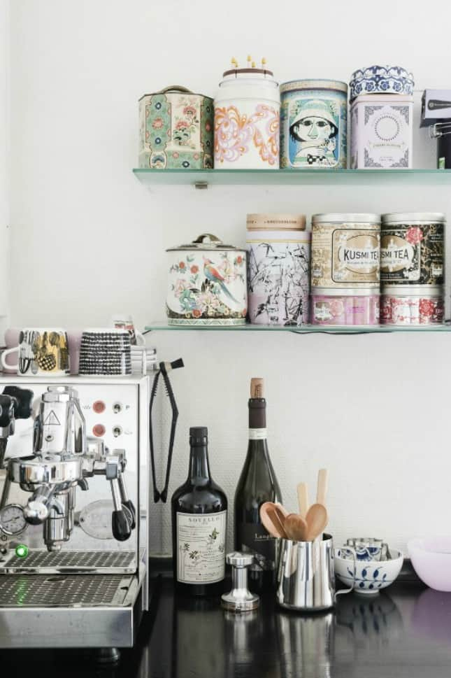 12. SHABBY CHIC CONTAINERS SHAPE COFFEE BAR
