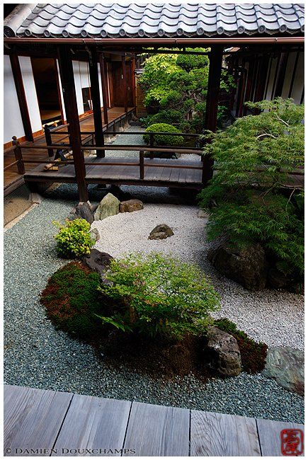 33 Calm and Peaceful Zen Garden Designs to Embrace ...