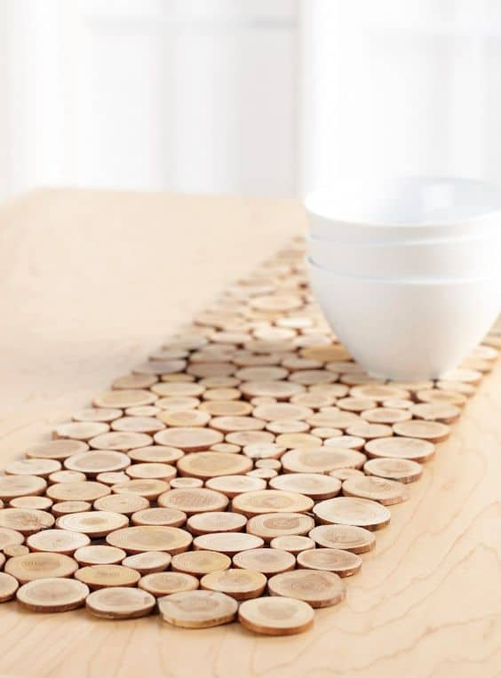 10. CREATE WOOD SLICES TABLE RUNNERS