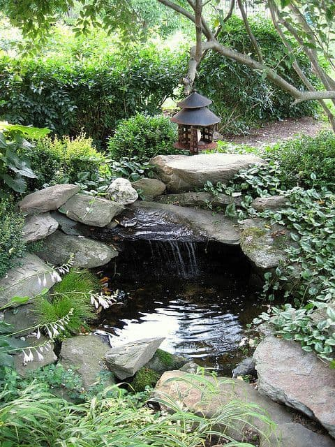 33 calm and peaceful zen garden designs to embrace for Zen garden waterfall